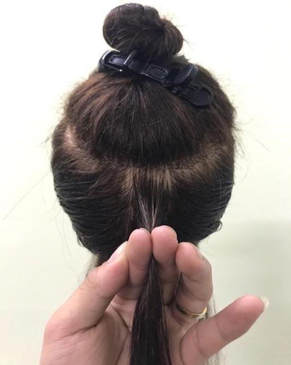 Nâng mảng tóc đúng trung tâm