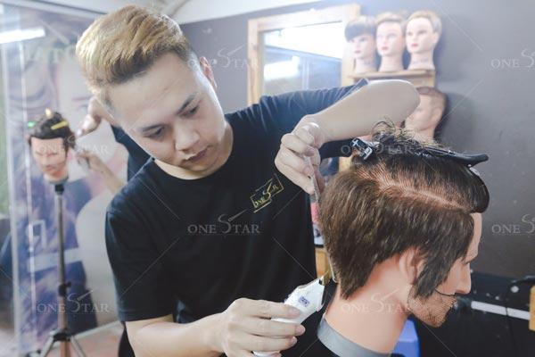 Học cắt tóc nam có khó không?