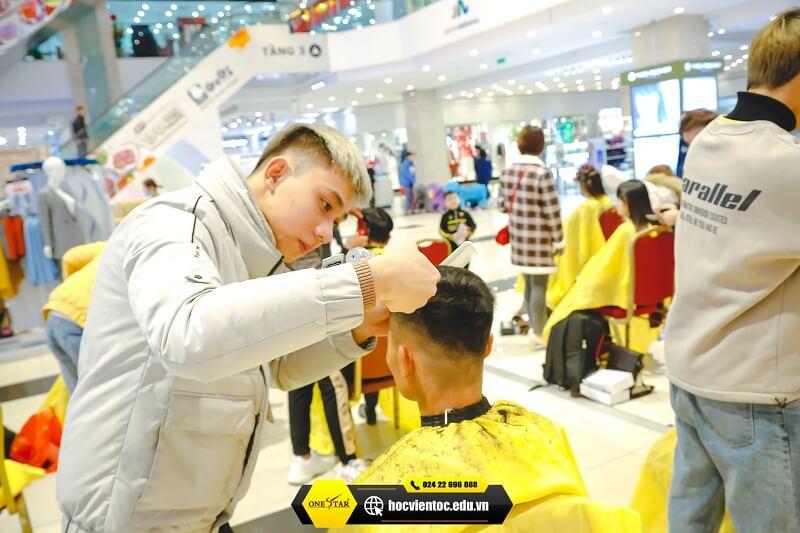 Chương trình cắt tóc miễn phí OneStar 7