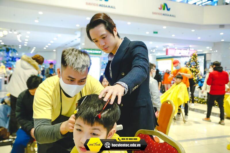 Chương trình cắt tóc miễn phí OneStar 4