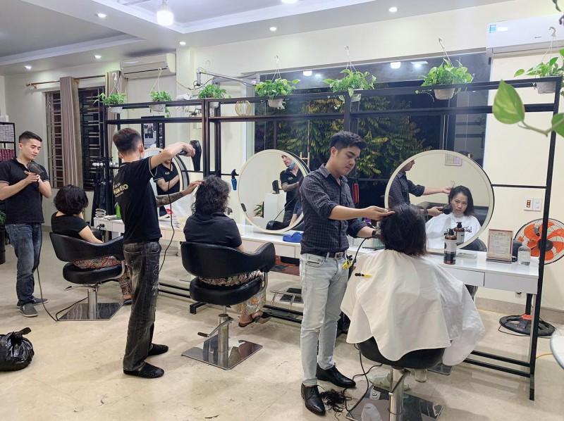 Học cắt tóc ở Quảng Ninh 1