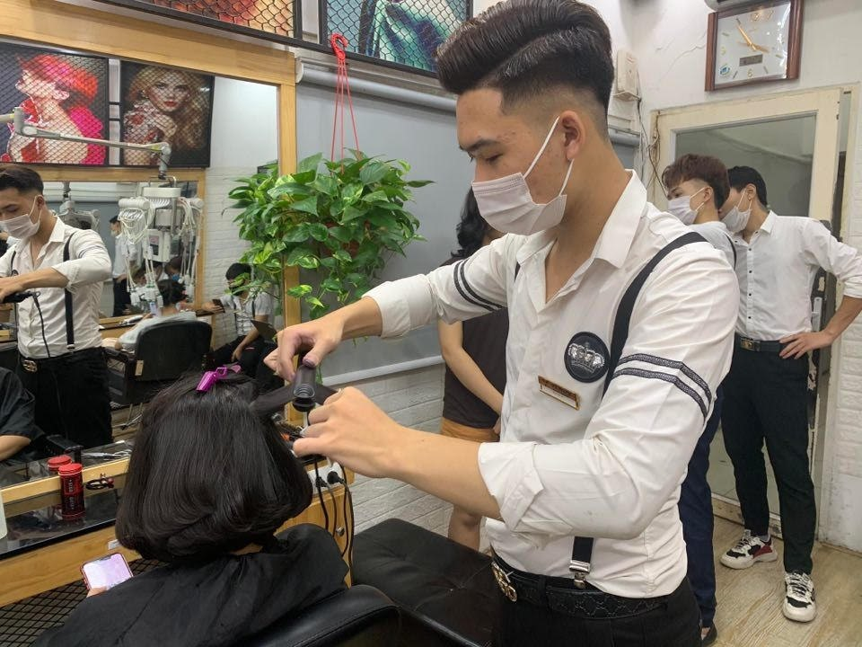 Học cắt tóc ở Thái Bình 1
