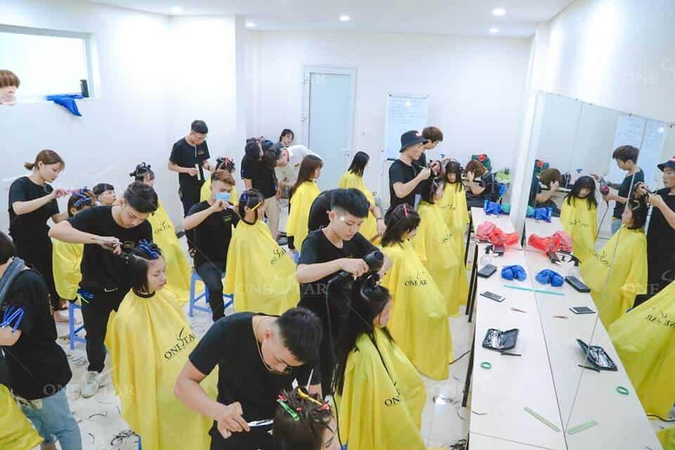 Học cắt tóc ở Thái Bình 4