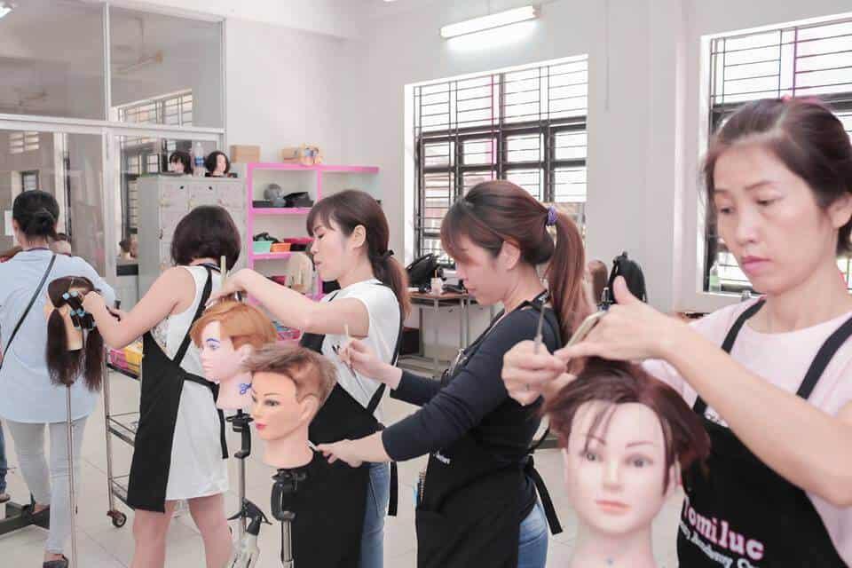 Học cắt tóc ở Thái Nguyên 2