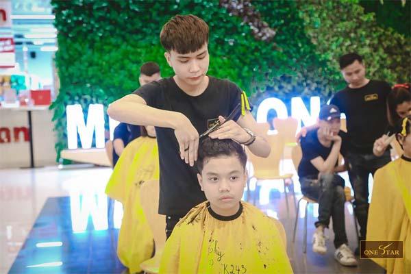 Học cắt tóc ở Cao Bằng 3